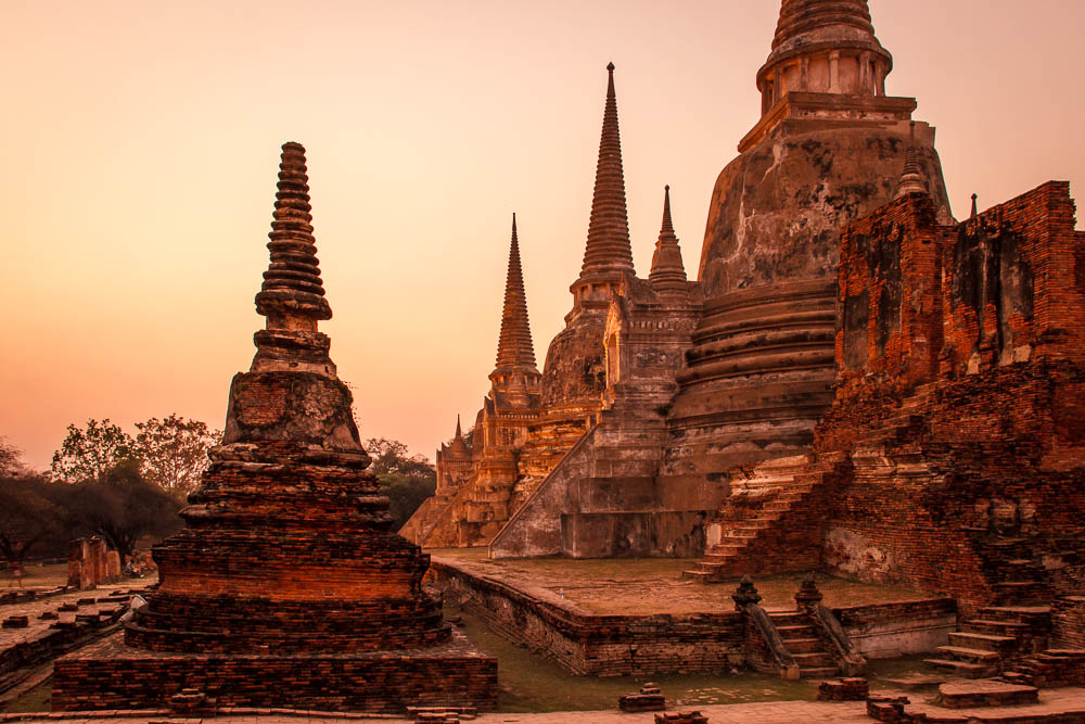 Ayutthaya temples and a crazy thai experience for Ayuttaya thai cuisine