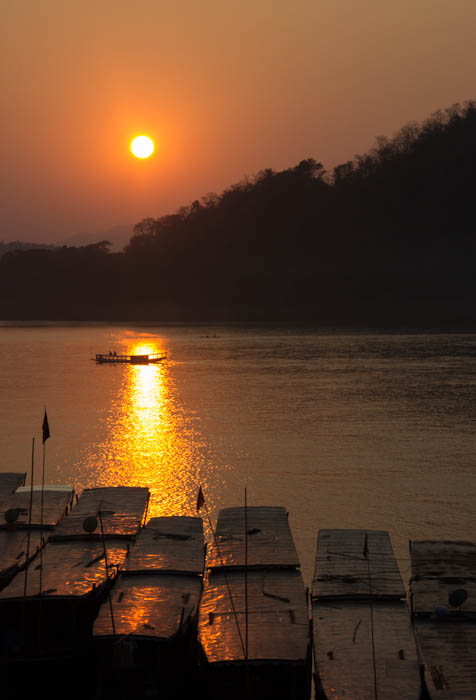 One of the many faces of the mighty Mekong River.