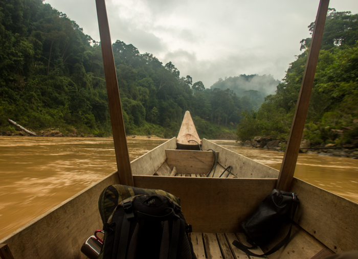 Hitchhiking by boat back to Kuala Tahan.