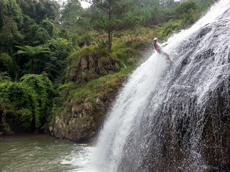 Da Lat waterfall abseiling and canyoning