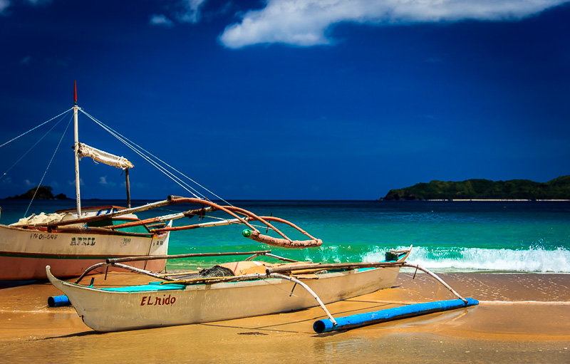 El Nido boat on the beach